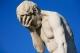 Paris_Tuileries_Garden_Facepalm_statue.jpg