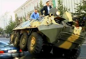 Мэр Вильнюса на бронетранспортёре