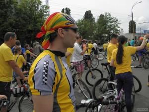 Ваня в колонне велосипедистов Велохоры