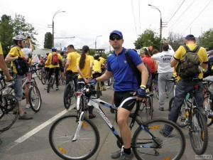 Я в колонне велосипедистов Велохоры